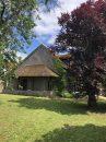 Sologne , à proximité du château de Chambord et du golf de Cheverny, dans charmant village de Sologne authentique maison solognote du XIXème siècle .
