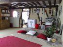 Située dans un village du Vexin, proche de  Vernon, belle  longère de 260 m² comprenant 8 pièces dont 6 chambres ,beaux volumes sur un terrain  clos de 2000 m².