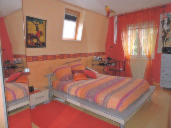 maison style mansart vigneux sur seine. Black Bedroom Furniture Sets. Home Design Ideas