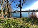 Bel étang clôturé