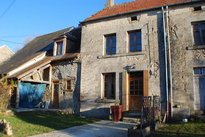 Vente Maison/Villa JARNAGES 23140 Creuse FRANCE