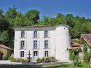 750 m² Maison  26 pièces