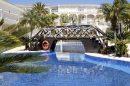 Appartement luxueux situés à 1.2 km de la plage à la Fustera, grande terrasse qui comprend une piscine king-size avec des cascades, situé à Benissa.
