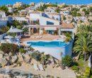 Magnifique villa en première ligne de mer, avec une vue spectaculaire, à la Cumbre del sol.