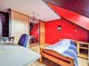 Maison   9 pièces 178 m²