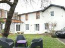 Montaigu-Vendée  Maison 195 m²  7 pièces
