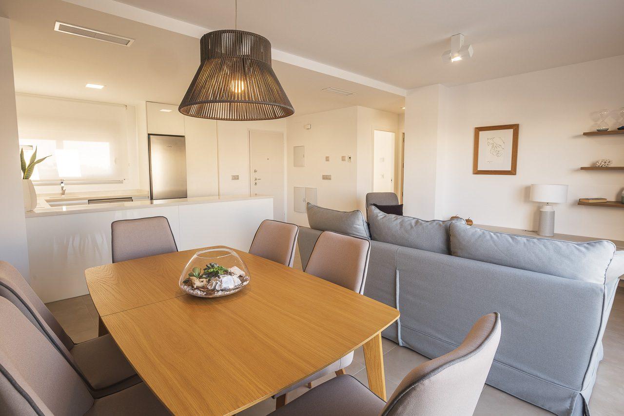 4 pièces 87 m²  Appartement