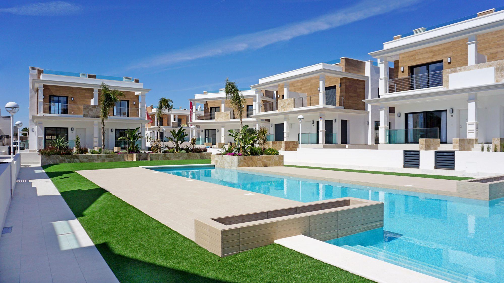 132 m²  6 pièces Appartement