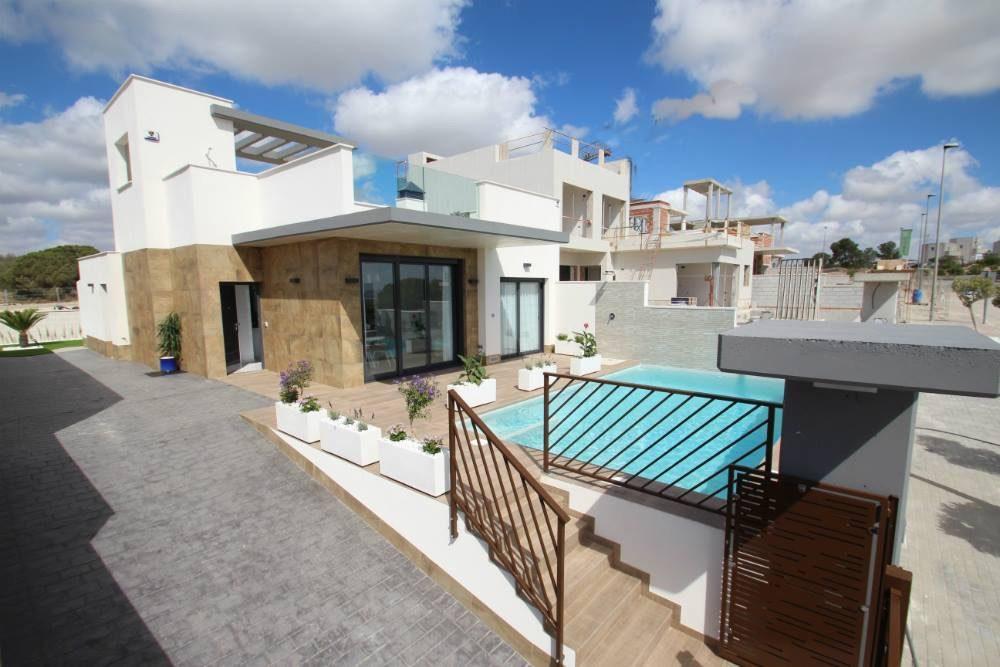 3 pièces   92 m² Maison
