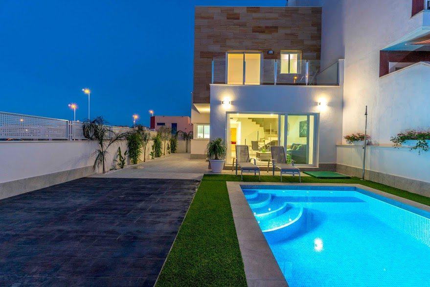 Maison 4 pièces  115 m²