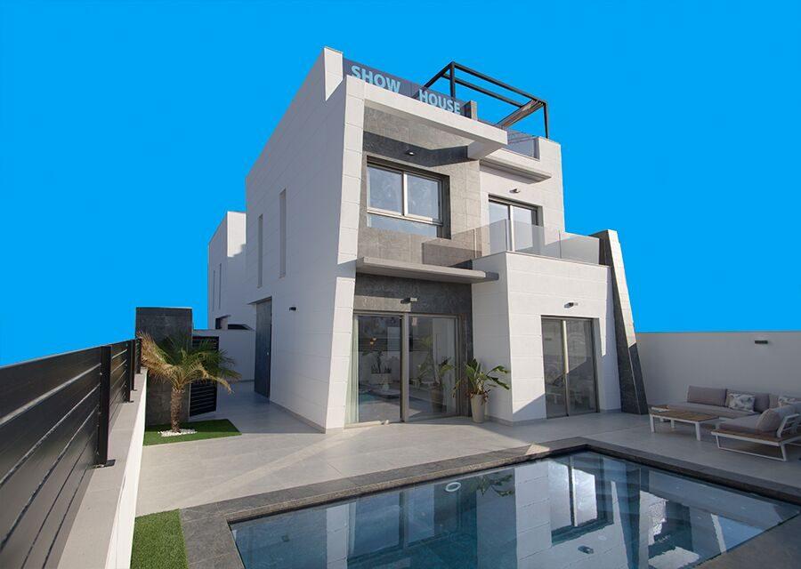 Maison   4 pièces 116 m²