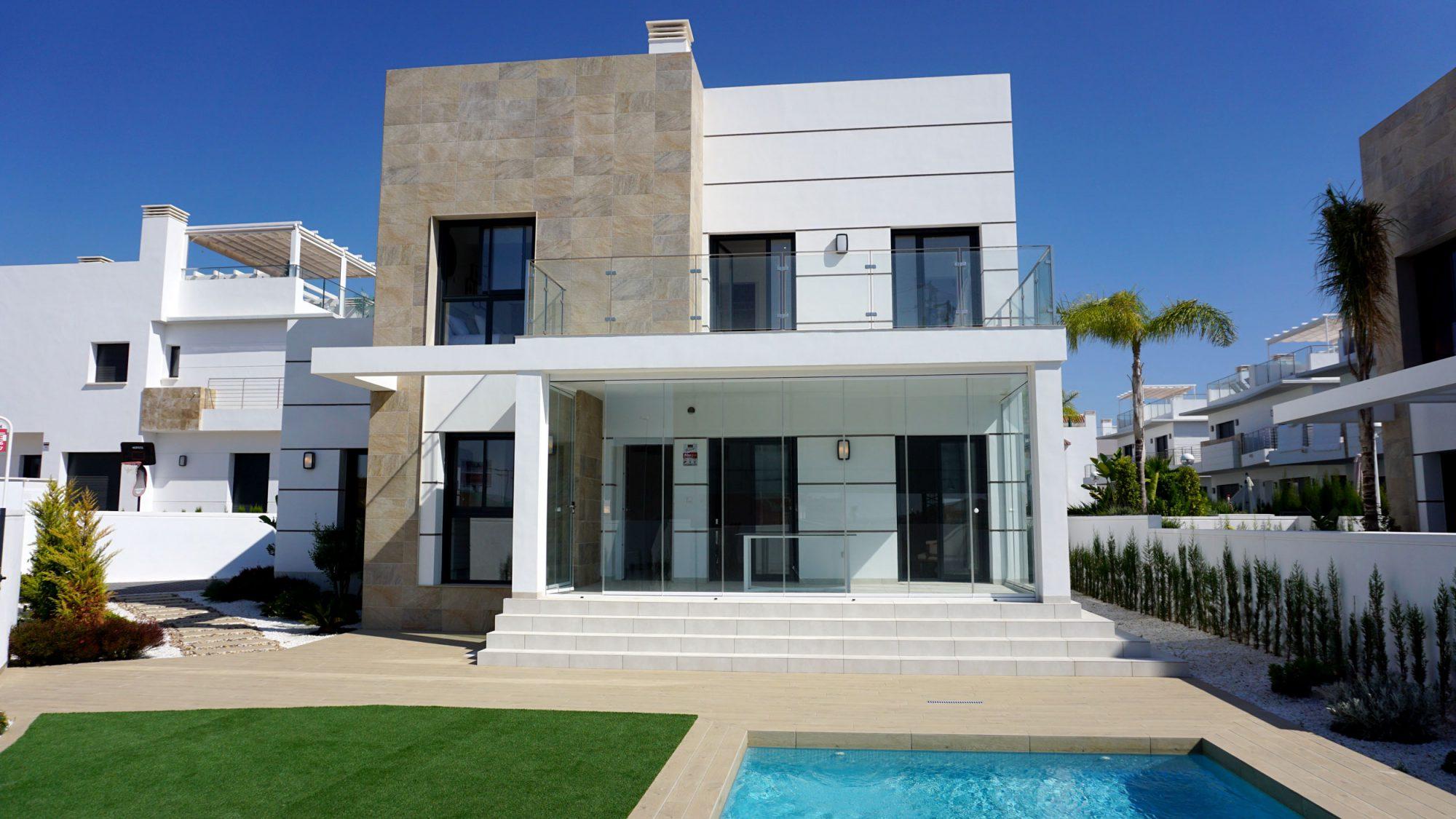 4 pièces 122 m² Maison