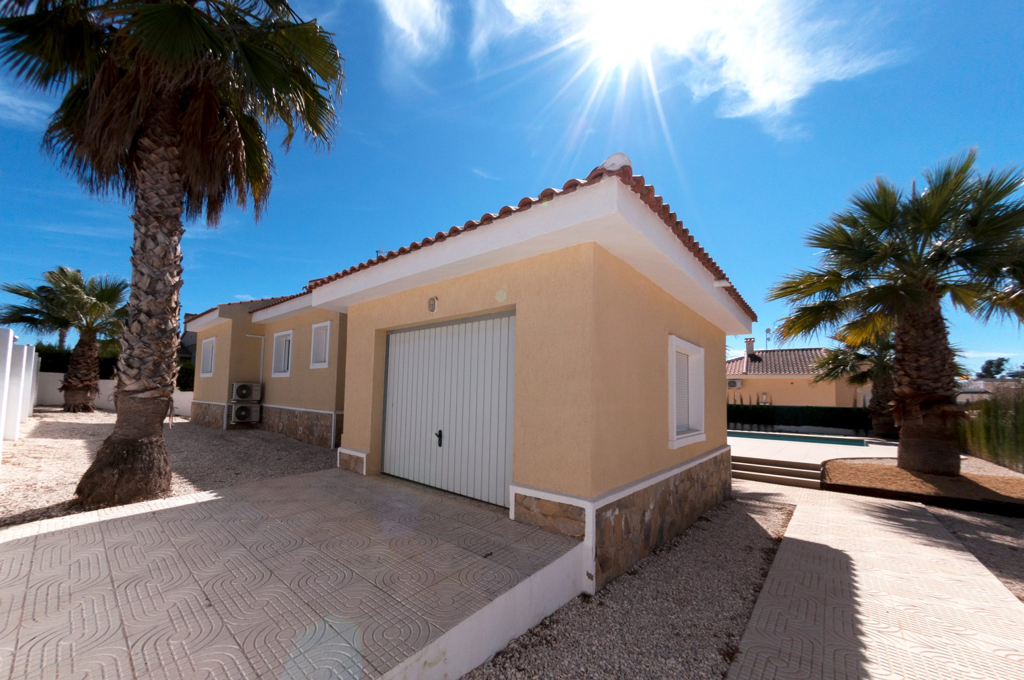 131 m²  Maison 4 pièces