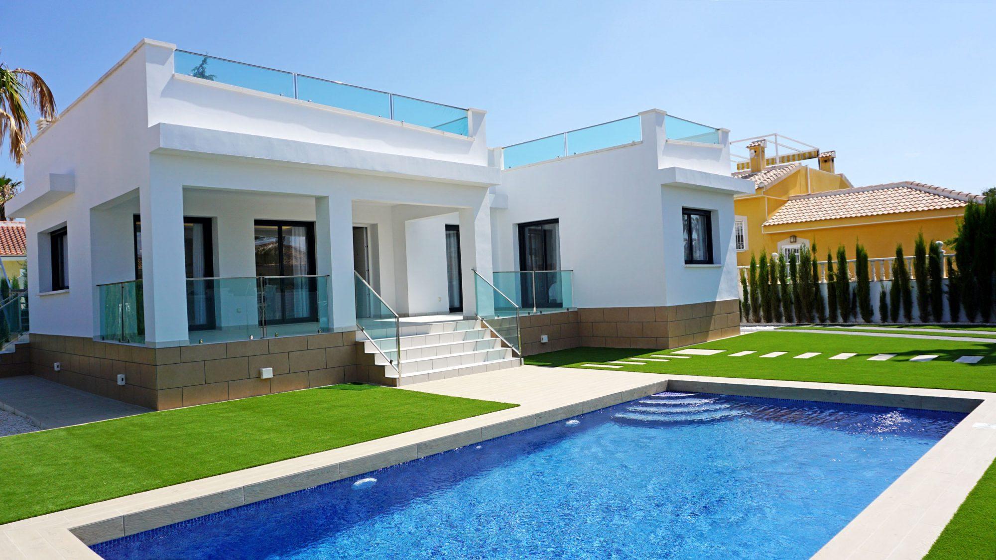 5 pièces 141 m²  Maison