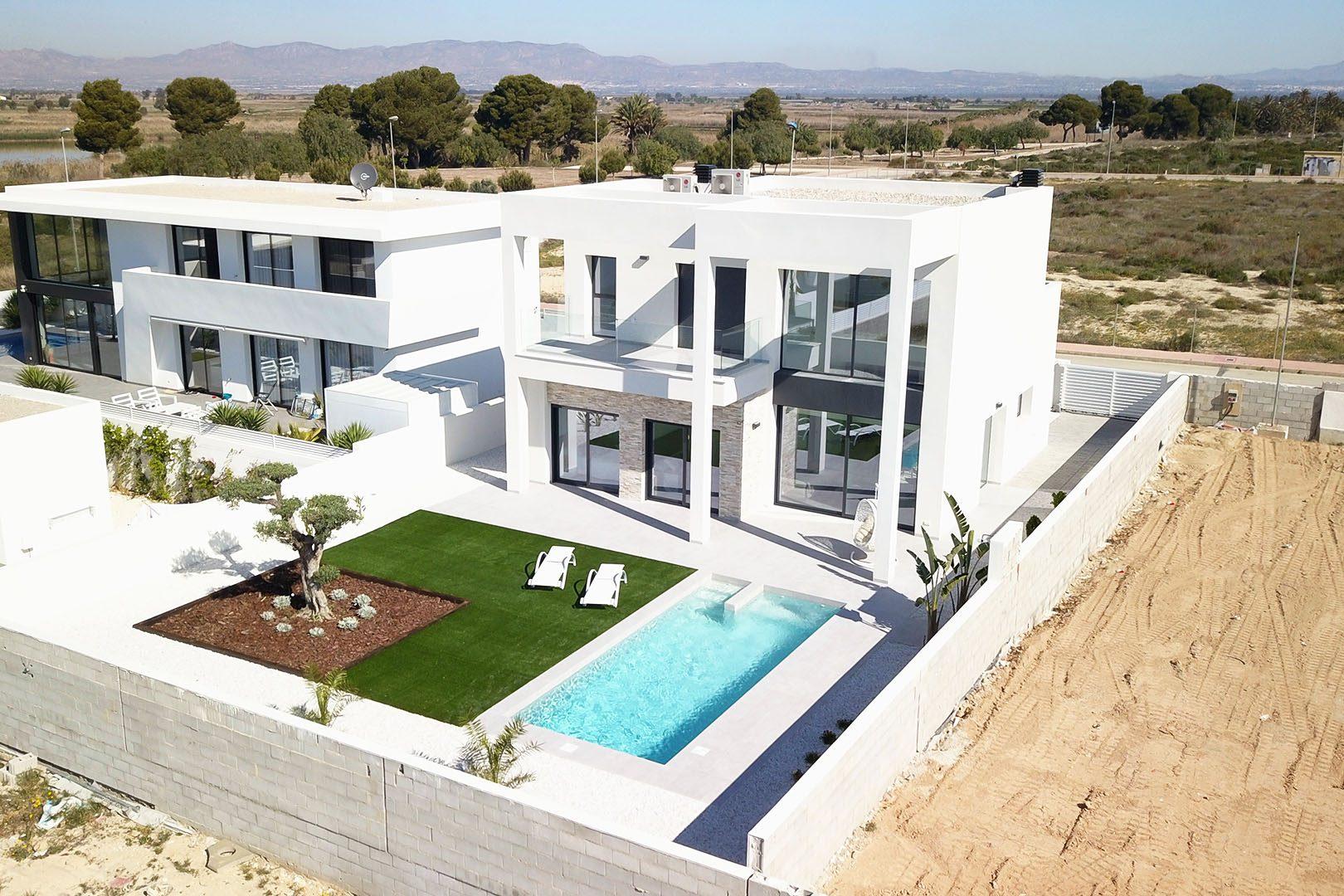 207 m²  Maison  4 pièces