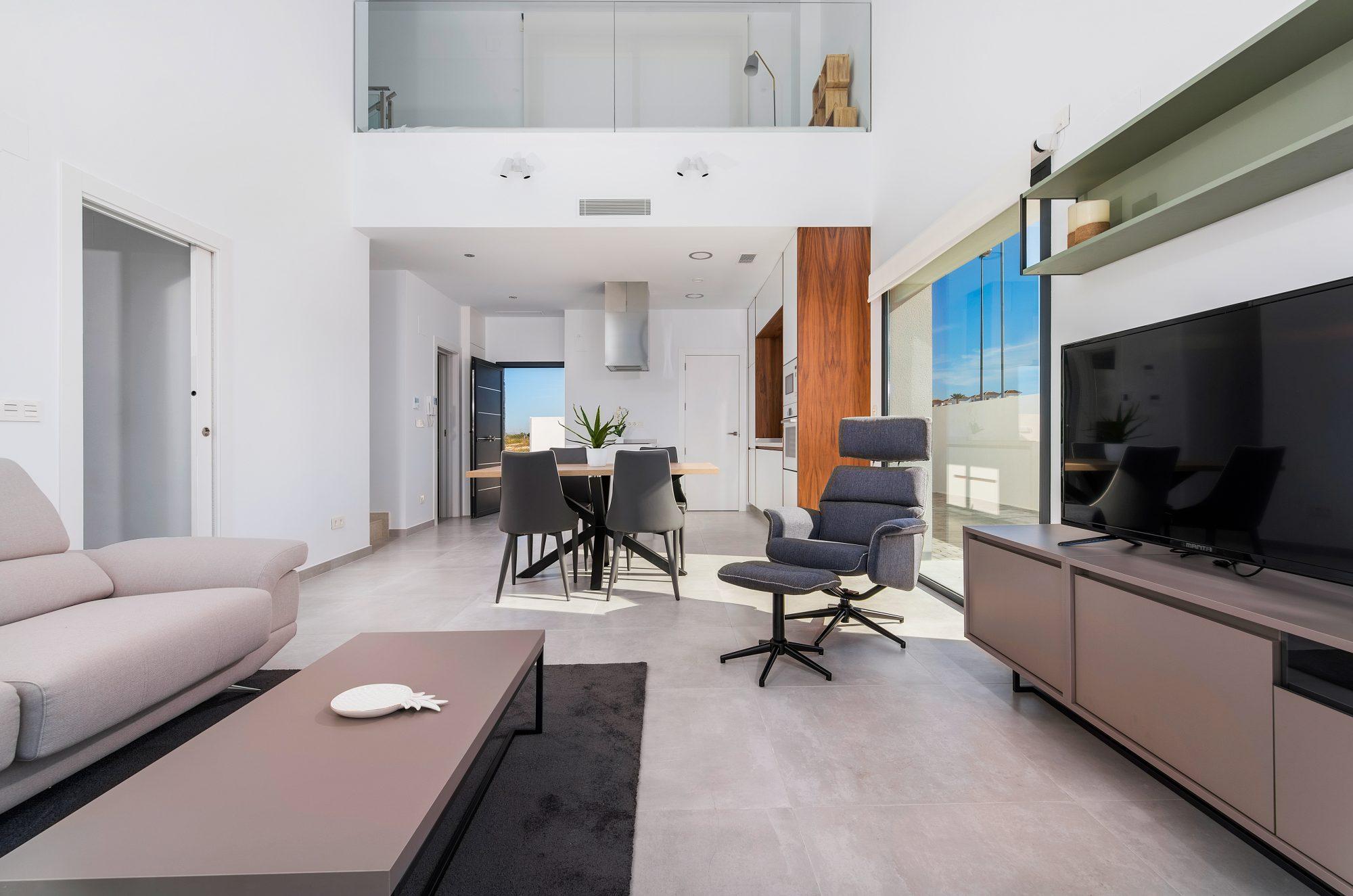 Maison   4 pièces 207 m²