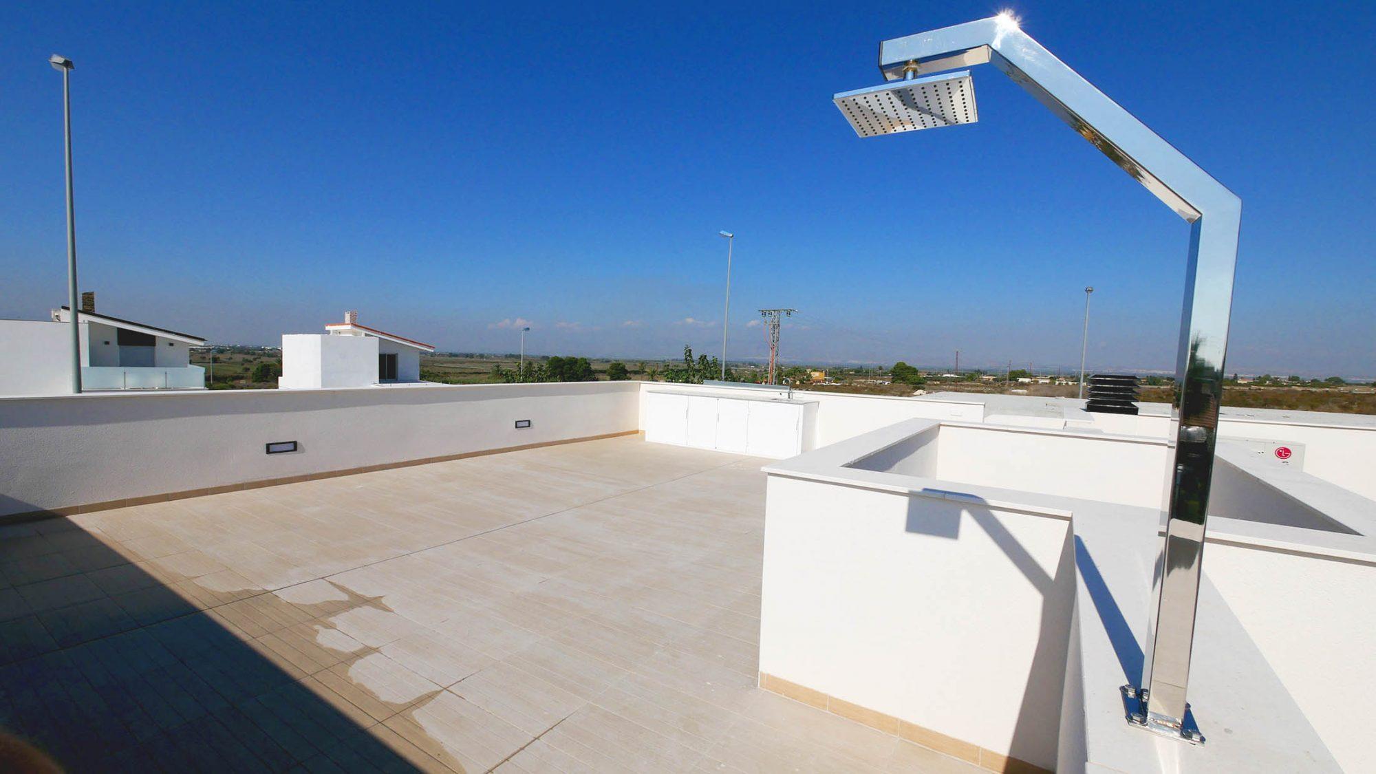 153 m²  4 pièces Maison