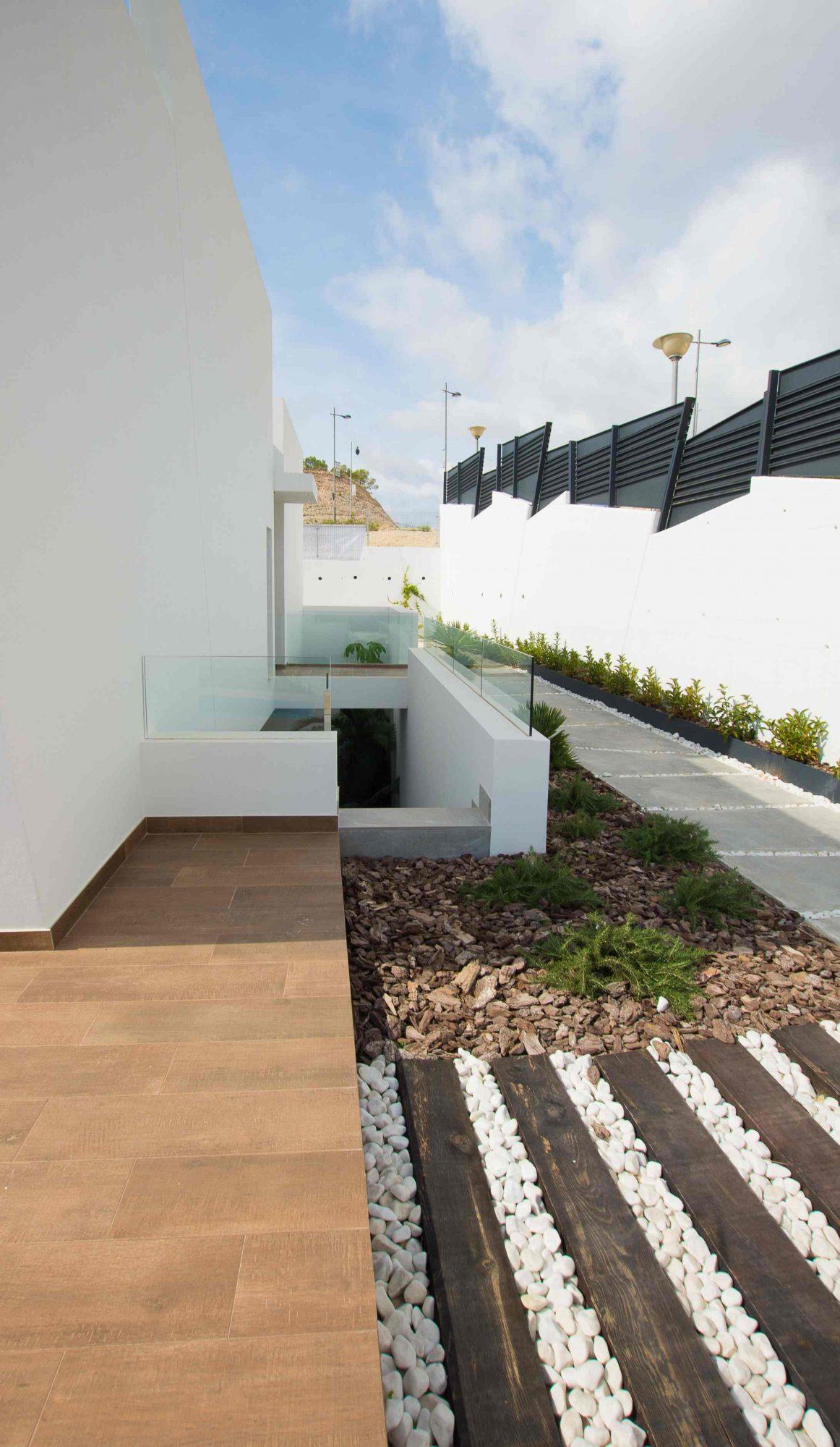 Maison   4 pièces 151 m²