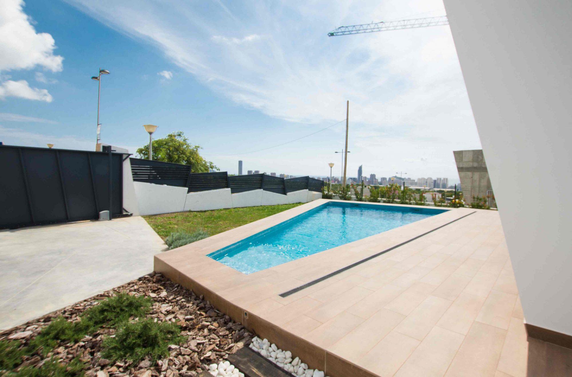 4 pièces 151 m²  Maison