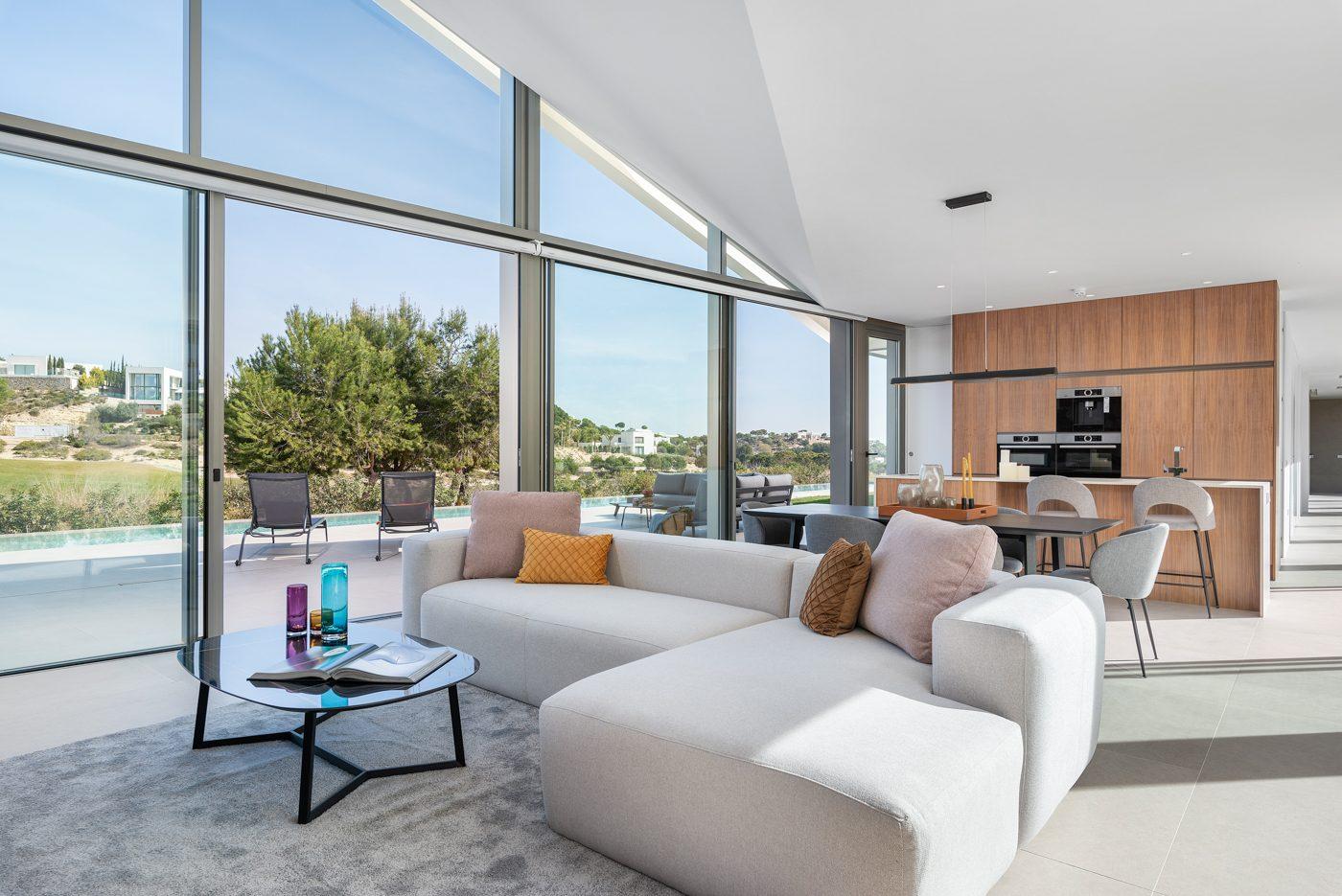 Maison  6 pièces  175 m²