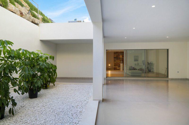 175 m²  Maison  6 pièces