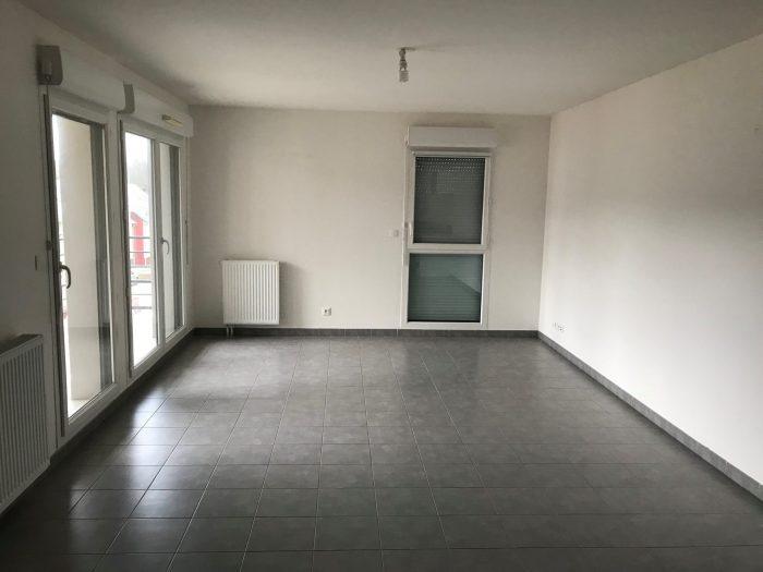 photo de PROCHE ROUEN : Appartement T3 avec 2 garages + balcon