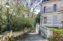 Maison Aix-en-Provence  638 m² 20 pièces