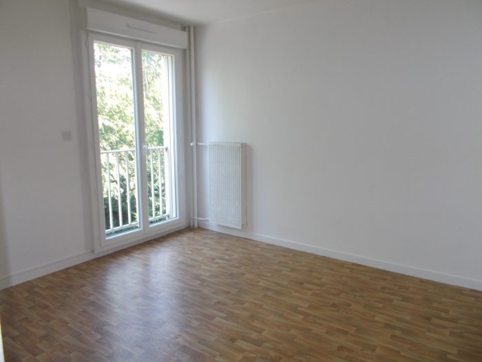 Location annuelle Appartement DIJON 21000 Côte d'Or FRANCE