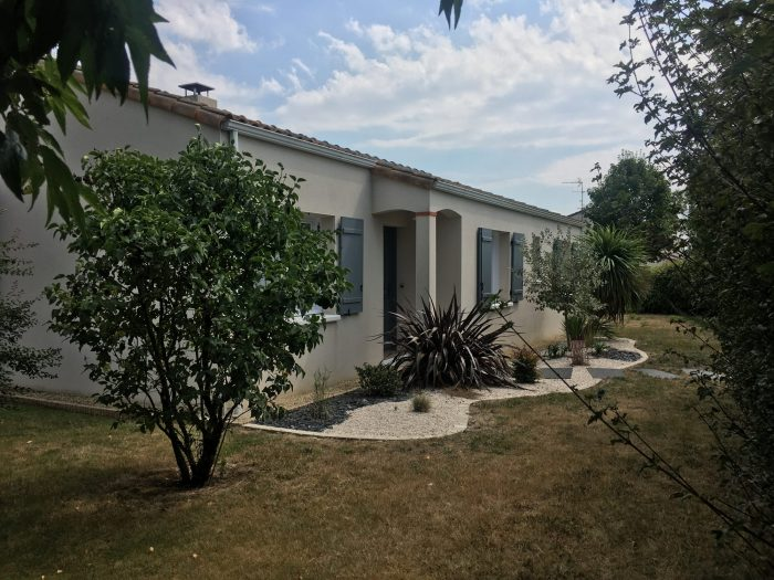 Location annuelleMaison/VillaSAINTE-PAZANNE44680Loire AtlantiqueFRANCE