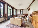 Maison 11 pièces 319 m²
