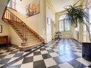9 pièces  Maison 360 m²