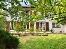 Villa contemporaine nichée dans un grand parc de 1,5 ha