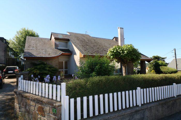 Maison à Rieupeyroux |  365 000 €
