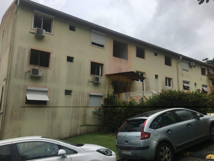 RAVINE VILAINE,Quartier Vallée Heureuse  Appartement  100 m² 4 pièces