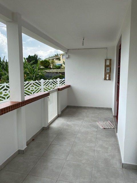 4 pièces  Sainte-Marie  55 m² Maison