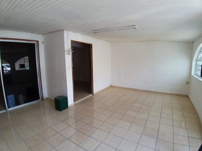 Location annuelle Bureau/Local FORT-DE-FRANCE 97200 Martinique FRANCE