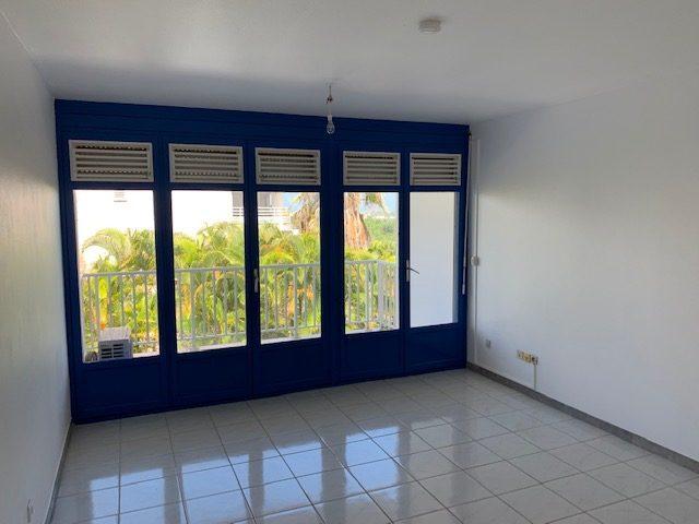 3 pièces Appartement  schoelcher  59 m²