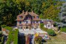 Maison  La Rochette  930 m² 16 pièces