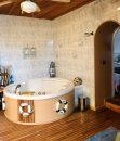 Maison   15 pièces 330 m²