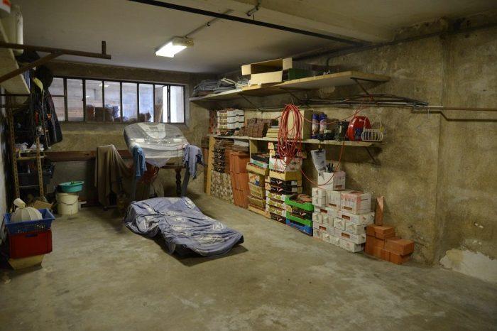 un potentiel exceptionnel bourges 18000. Black Bedroom Furniture Sets. Home Design Ideas