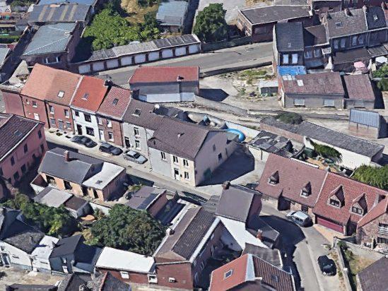 Photo Ensemble de 4 maisons + terrain + garages image 3/9