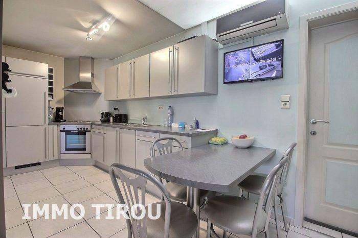 Photo maison avec entrepôt + 4 garages + remise+ maisonette avec piscine + jardin image 7/27