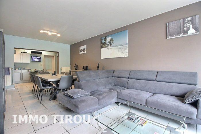 Photo maison avec entrepôt + 4 garages + remise+ maisonette avec piscine + jardin image 14/27