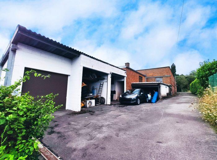 Photo maison avec entrepôt + 4 garages + remise+ maisonette avec piscine + jardin image 24/27
