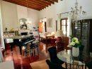 616 m²  9 pièces Maison