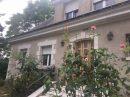 9 pièces   233 m² Maison
