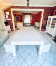 Maison   5 pièces 196 m²