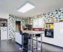 Saint-Yzan-de-Soudiac   108 m² 4 pièces Maison