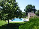 350 m² 10 pièces  Maison