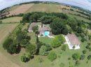 350 m²  17 pièces Maison